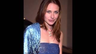 Download Lagu The Best Claire Forlani Slideshow Mp3
