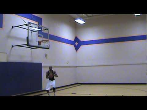 Edikan Moses Going Hard (видео)