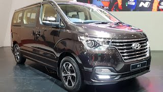 Download Video In Depth Tour Hyundai H-1 Royale CRDi [TQ] Facelift 2018 - Indonesia MP3 3GP MP4