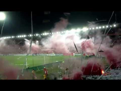 Independiente Santa Fe (COL) VS Gremio (BRA).  Salida Guardia Albi Roja Sur. - La Guardia Albi Roja Sur - Independiente Santa Fe