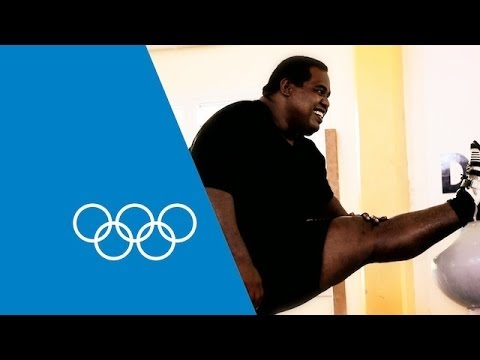 Itte Detenamo's Tour Of The Oceania Weightlifting Institute | Faster Higher Stronger