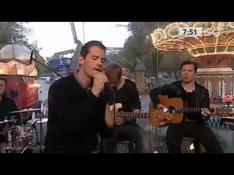 Rasmus Seebach - Under Stjernerne På Himlen (English lyrics - Legendado Portugues)