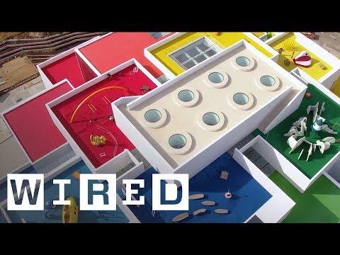 Во Данска се отвори LEGO House направена од џиновски ЛЕГО коцки