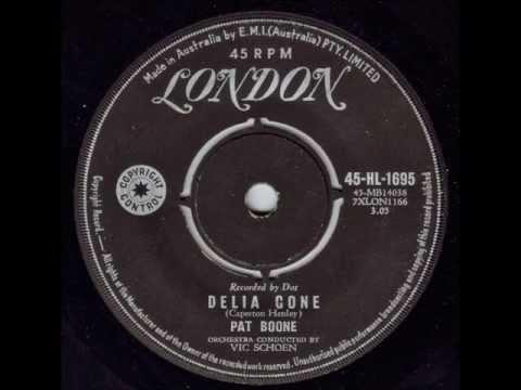 Tekst piosenki Pat Boone - Delia Gone po polsku