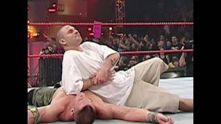 Raw, Jan. 1, 2007: Kevin Federline grabs a victory over John Cena
