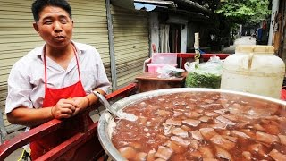 Chengdu China  City pictures : Chinese Street Food Tour in Chengdu, Sichuan | BEST Street Food in China