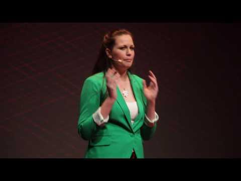 Hulladékmentes életmód | Kump Edina | TEDxYouth@Budapest 2016