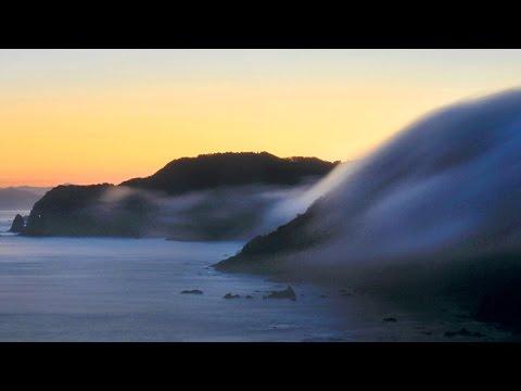 霧に包まれる竜宮城