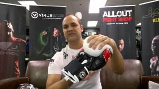 Venum Elite Boxing Gloves can be found here: http://www.alloutfightshop.com/venum-elite-gear/0:06 Elite Introduction0:15 Color and sizes0:42 Price - $79.990:57 Construction1:13 Materials and Design2:20 FitWant more? Drop us a comment below and don't forget to let us know if you like this video by giving us a thumbs up!