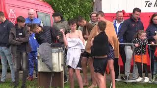 Boegsprietlopen op Koningsdag Eemdijk