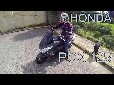 2014 Honda PCX Review & Testdrive