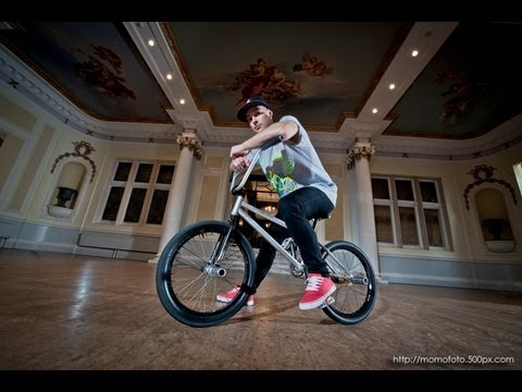 Flatland BMX - Keelan Phillips, Bicycle Ballet
