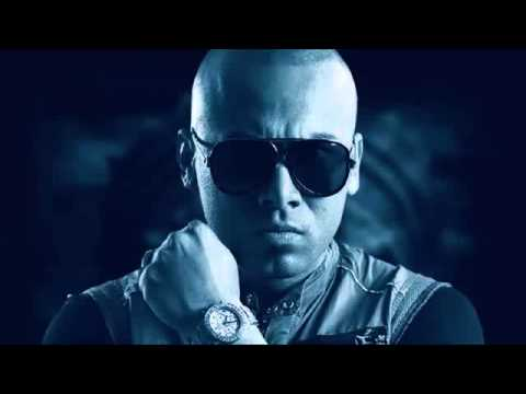 wisin - Music video by Wisin performing El Regreso del Sobreviviente tiraera pa don omar Descargar --- http://www.obligao.com/7iuns5fwdzw1 Wisin - El regreso del sob...