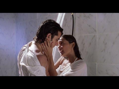 Video Saif & Namrata Shirodkar Under Shower | Kachche Dhaage Movie Scene download in MP3, 3GP, MP4, WEBM, AVI, FLV January 2017