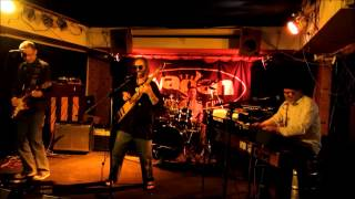 Video Na hnoji  live  , Vagon 26.3.2012