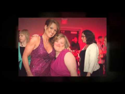 Ver vídeo Down Syndrome GiGi's Playhouse Gala