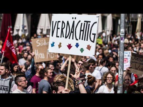 NRW: Tausende demonstrieren gegen schärferes Polizeigesetz