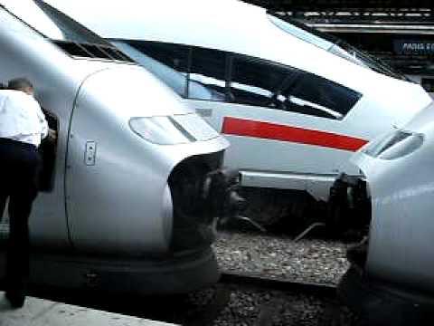Dételage TGV POS 4402 record TGV POS