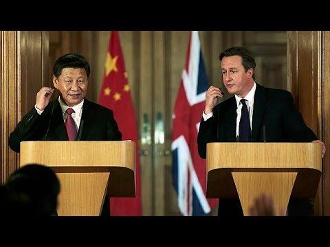 «Χρυσοφόρα» η επίσκεψη του Σι Τζινπίνγκ στη Βρετανία – Συμφωνίες ύψους 40 δισ. λιρών