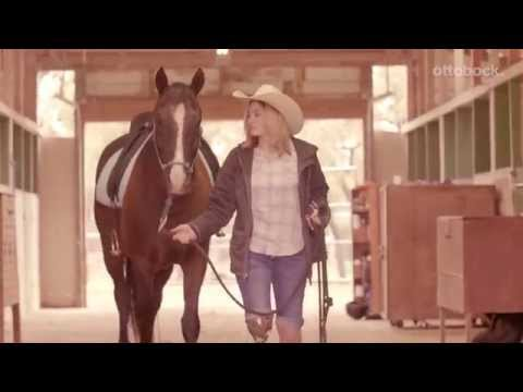 Bailey's C-Leg 4 Story When her grandmother was unable to take care of her horse, Bailey stepped in to help out. With her C-Leg 4, Bailey can handle everything from training out on rough ground to lively two-stepping with her fiance. Watch Bailey's story to learn more about the latest evolution of the C-Leg. 