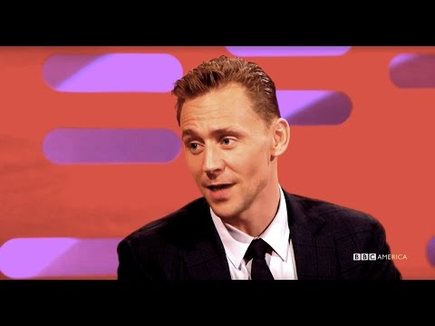 Tom Hiddleston a Samuel Jackson u Grahama Nortona
