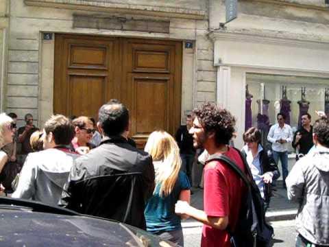 hommage  à Michael Jackson rue d 'hauteville PARIS 10 .3