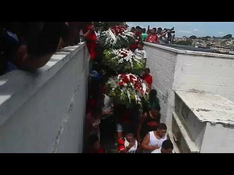 Θρήνος και αναπάντητα ερωτήματα στις κηδείες των θυμάτων της Φλαμένγκο…