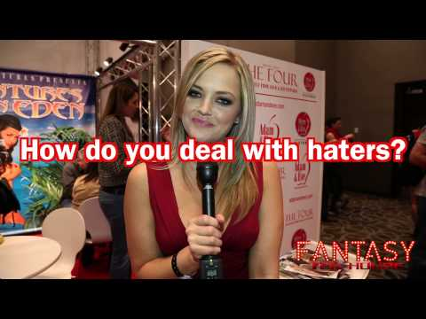 Alexis Texas Says Size Doesn't Matter…..Las Vegas Interview