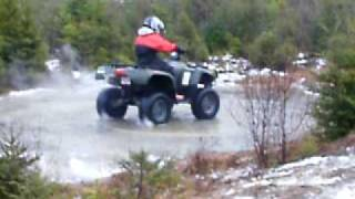 10. 700 Arctic Cat Donut's And Reverse Donut's On Ice