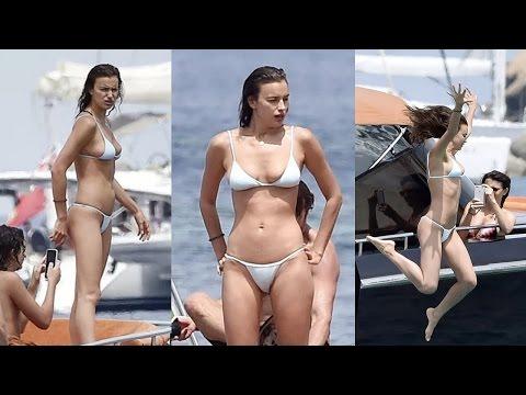 Irina Shayk diện bikini nóng bỏng trên du thuyền