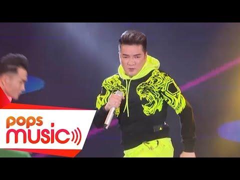 Hello - Đàm Vĩnh Hưng - POPS Awards A New Millennium (LIVE) - Thời lượng: 4 phút, 2 giây.