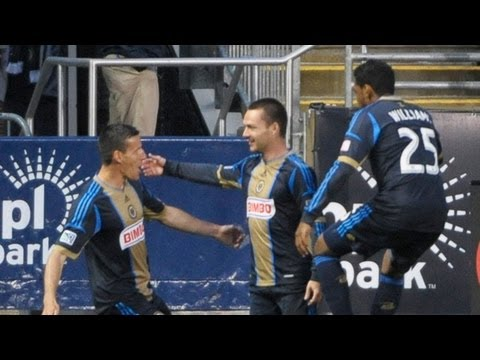 sebastien le toux - Goal! Philadelphia Union 1, Chicago Fire 0. Jack McInerney (Philadelphia Union) header from very close range to the centre of the goal. Assisted by Sebastien...