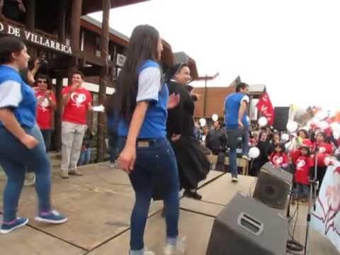 Monjita sorprende al bailar sensualmente reggaetón