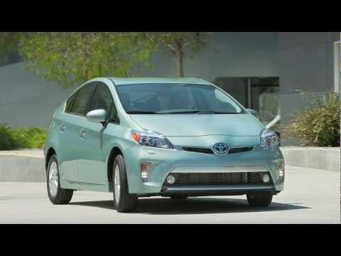 RealWorldTestDrives - It's a Prius with a plug... Grant Winter takes us for a Real World Test Drive: