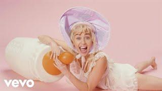 Miley Cyrus - BB Talk