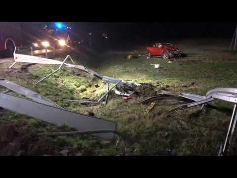Wideo1: Wypadł z drogi na zakręcie