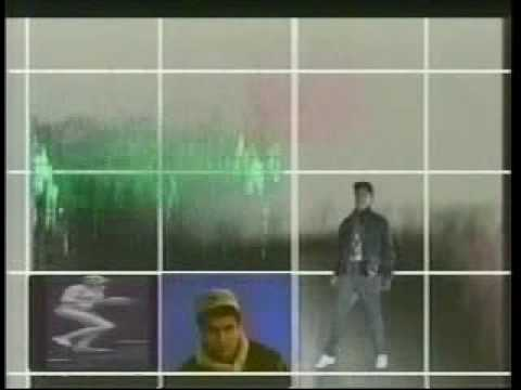 back to bionic 0 MANTRONIX   « Bassline »    Video Clip