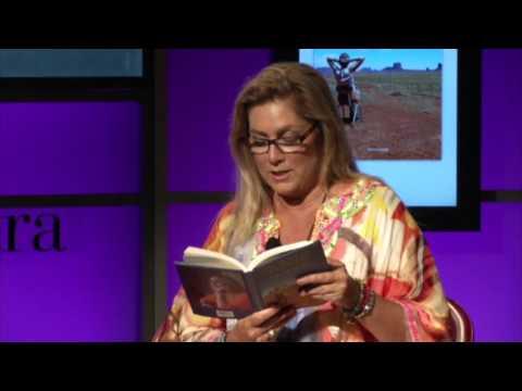 romina power legge una poesia scritta per la madre e si commuove
