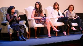 """ATX Festival Panel: """"Gilmore Girls"""" 15 Year Reunion presented with Entertainment Weekly (2015)"""