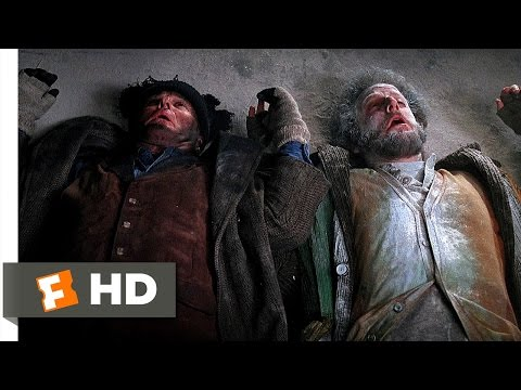 Home Alone 2: Lost in New York (1992) - A Kid vs. Two Idiots Scene (5/5) | Movieclips