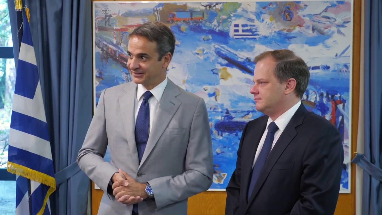 Επίσκεψη του Πρωθυπουργού Κυριάκου Μητσοτάκη στο Υπουργείο Υποδομών και Μεταφορών