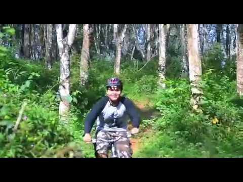demon street bike 924 mountai. trim 8665B50F 092F 4498 9EDD 23C87F7611CE (видео)