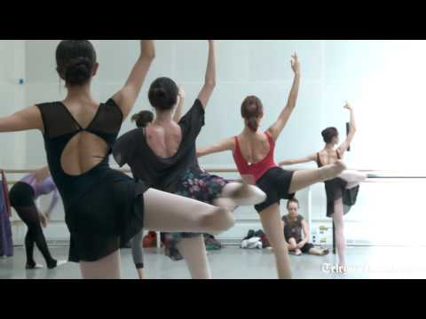 Dance class with the Bolshoi ballet
