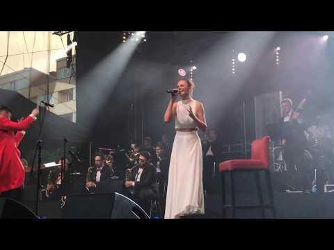 Wideo: Kasia Stankiewicz na koncercie z okazji Dnia Hutnika w Legnicy