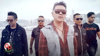 FIVE MINUTES - TERDAMPAR DI HATIMU [Official Music Video]