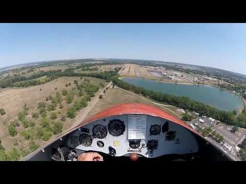 Sailplanes - Flying over the beautiful city of Boulder, Colorado. Takeoff 00:00 Release from tow plane 01:35 Flying over Boulder 01:52 Going for 2+ g's 02:46 Crossing the...
