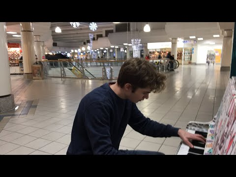 Playing B**** LASAGNA In A Mall Until Someone Asks Me To Stop In Order To Save PewDiePie