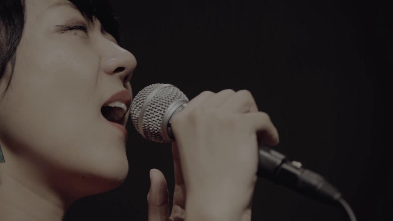 「歌っていいですか」小田朋美(vo)、三枝伸太郎(p)