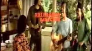 Download lagu Benyamin S Keroncong Kemayoran Mp3