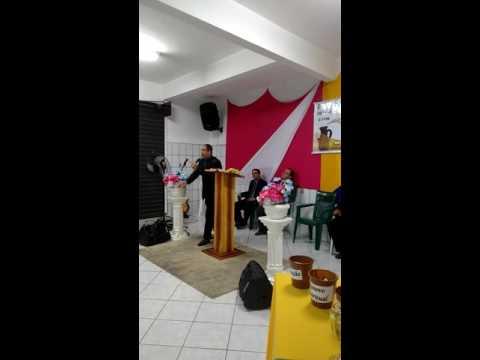 Pastor Marcelo pregando em Aracruz foi forte